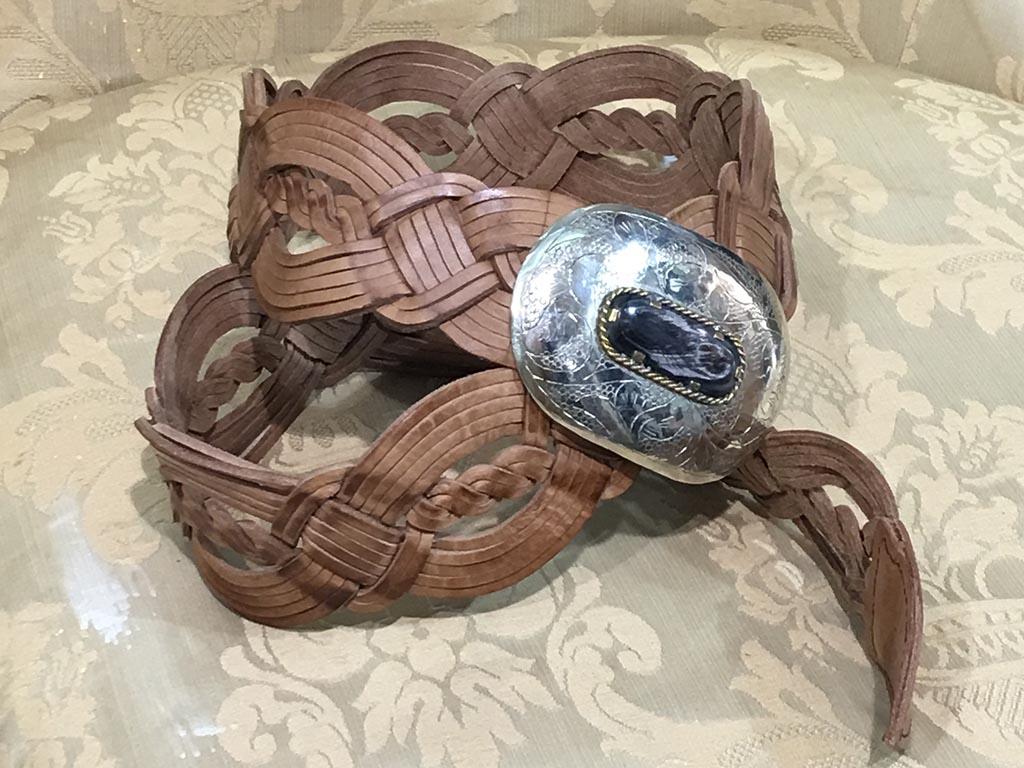 Cinturon de cuero artesanal Boho Chic.